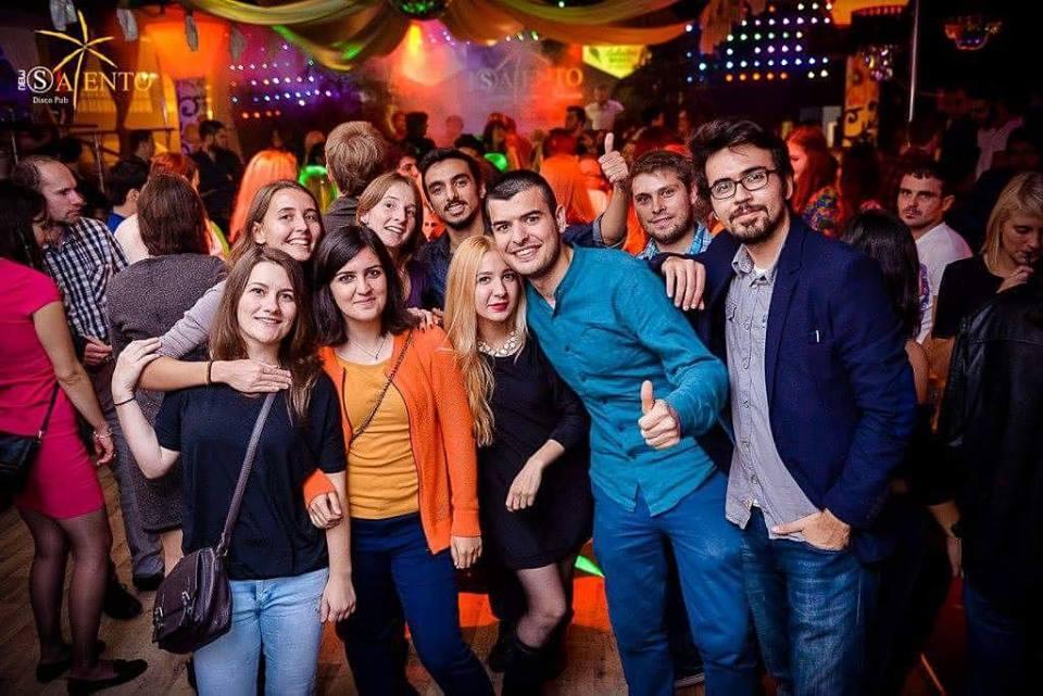 Zabava u multikulturalnom društvu